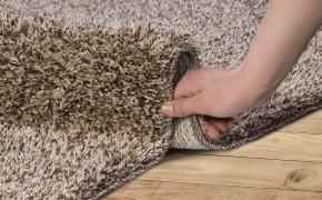 Как сделать, чтобы ковер перестал скользить по полу